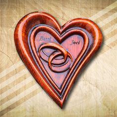 Szív alakú gyűrűtartó fából közepes - Mívesfa #gyűrűtartó #esküvő #ajándék #nászajándék #maradandó emlék #legboldogabbnap Monogram, Monograms