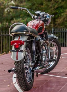 Triumph Motorbikes, Triumph Chopper, Triumph Bonneville, Triumph Motorcycles, British Motorcycles, Cool Motorcycles, Vintage Motorcycles, Best Motorbike, Bobber Motorcycle