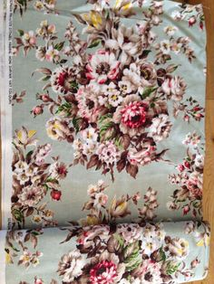 5.3 Metres Citadel 1950's Vintage Chintz Floral Bark Cloth Duck Egg Fabric