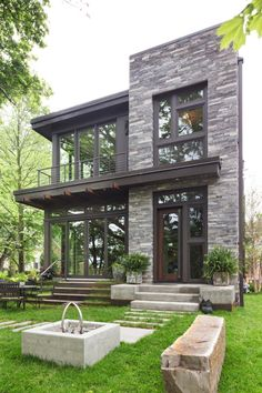Love the colors in this stone but would want bigger pieces in rectangles and squares. Idyllic contemporary residence with privileged views of Lake Calhoun