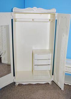 Wardrobe inside--3/7 | Flickr - Photo Sharing!