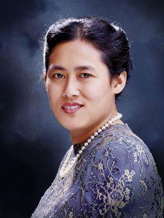 The Princess Sirindhorn of Thailand (b. 1955). She is a daughter of King Rama IX (Bhumibol Adulyadej) and his wife, The Mom-Rajawongse Sirikit Kitiyakara.