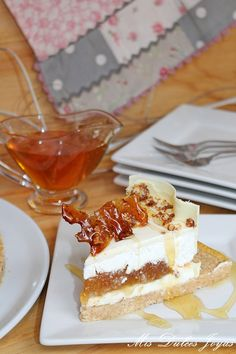 Flan, Deserts, Brunch, Cupcakes, Queso, Ethnic Recipes, Kawaii, Recipes, White Chocolate Icing
