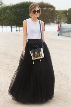 Modern Ballerina Trend: 22 + 1 Tulle Skirts to be inspired Street Chic, Street Style, Casual Chique, Fashion Corner, Italian Fashion, Fashion Pictures, Fashion Ideas, Skirt Fashion, Lady