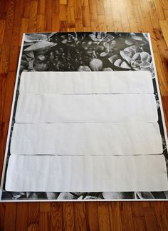 Suprimentos: cópia impressa -blue de uma foto que você ama  papel -scrap *  - Brasão Real Decoupage Finish (semelhante à Mod Podge)  -foam escovas  X-Acto faca  (Caso você esteja curioso, este projeto custou cerca de US $ 14 a concluir como eu já tinha o papel de rascunho e X-Acto faca necessário.)  * Nota sobre o que as fotos funcionam bem: Se você está cobrindo uma peça de mobiliário que tem alças de gaveta ou puxa, você vai querer estar atento a sua colocação em sua foto. Se eu tivesse…
