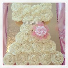 Cupcake wedding dress! Perfect for bridal showers