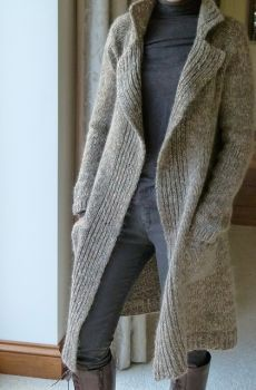 """diy_crafts- """"Ravelry: Polar Coat pattern by Regina Moessmer"""", """"Pattern source in my Ravelry library"""", """"The knitting connection"""", """"Gray Vogue Knitting, Knit Jacket, Knit Cardigan, Coat Patterns, Knitting Patterns, Crochet Patterns, Knitted Coat, Jacket Pattern, Knit Fashion"""