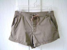 J CREW SHORTS Women's Sz S TAUPE GREEN 100% Cotton SOLID Drawstring Waist G85 #JCrew #KhakisChinos