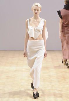 London Fashion Week Fall 2014 d96e8bc94bd