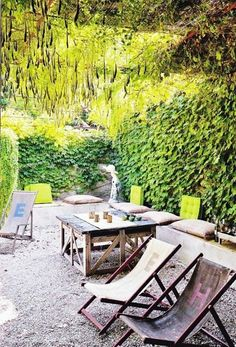 Refreshingly green outdoor spaces © Henri Del Olmo #outdoors