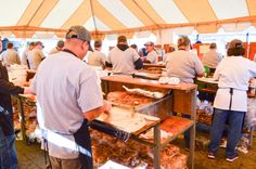 Here's the big deal with Lexington barbecue and next weekend's festival - A guide to attending one of the South's premier food events Lexington Bbq, Writing Portfolio, Easy Day, Charlotte Nc, Food Lists, Places To Eat, Home Buying, South Carolina, Food Events