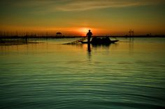 Kéo lưới sớm/Drag fishing net on early morning by Minh Duc Nguyen on 500px