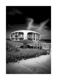 Rettungsturm Binz auf Rügen - Architekt Ulrich Müther 1968 von Harry Kulle