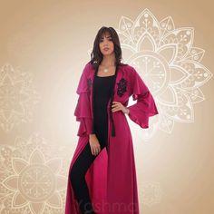 عباية من الكريب السعودي – QuickBuy White Brand, Overalls, Duster Coat, Kimono Top, Womens Fashion, Jackets, Tops, Down Jackets, Women's Fashion