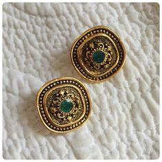 HP Vintage Earrings! ✨ Wonderful gold tone vintage earrings in perfect condition!  ❌trades HP best in Jewelry & accessories party Vintage Jewelry Earrings