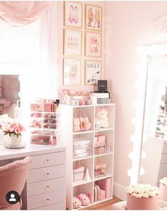 Home Interior Styles .Home Interior Styles Bedroom Decor For Teen Girls, Cute Bedroom Ideas, Cute Room Decor, Girl Bedroom Designs, Teen Room Decor, Room Ideas Bedroom, Beauty Room Decor, Makeup Room Decor, Glam Room
