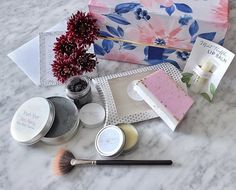 GIVEAWAY // CONCOURS I love sharing my favourite things especially when those things are from Ottawa If you follow my stories you would have seen me put some of these Hoppy & Poppy products to the test... yes the makeup brush cleaner revived an old blush brush that I almost gave up on! Anyway Im giving away the same products that I got to one lucky winner! To enter:  1-like this post 2- follow @chantsy and @hoppyandpoppy  3- tag a bestie that loves natural or local Ottawa products  Contest…