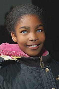 SuperSogra: 16 Crianças negras de olhos azuis