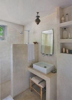 Interested in tadelakt, loam, concrete stucco, mortex, concrete finis Bathroom Renos, Laundry In Bathroom, Basement Bathroom, Bathroom Wall, Pool Bathroom, Master Bathrooms, Small Bathrooms, Bathroom Ideas, Bad Inspiration