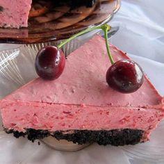 Sütés nélküli vaníliás süti recept Desserts, Food, Meal, Deserts, Essen, Hoods, Dessert, Postres, Meals