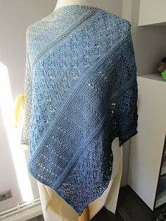 Ravelry: Naira25's Lace Shawl Indian Summer