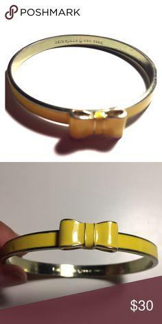 👑KATE SPADE YELLOW BOW BANGLE👑 ADORABLE Enamel bow bangle by Kate Spade. Yellow enamel on gold tone bracelet. Super cute! kate spade Jewelry Bracelets