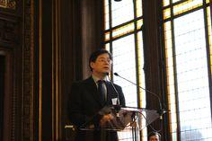 A Paris, le nombre d'élèves qui étudient le chinois dépasse désormais les 5000, ce qui fait du chinois la 1ère langue vivante non-européenne dans notre académie.  Notre académie a établi en juin 2012 un partenariat international avec la Commission éducative de Pékin. Photo : M. MA Yansheng, Ministre-conseiller de l'Éducation pour l'Ambassade de Chine en France. #langue #EuropeetInternational #chinois #chine #china  #apprendre #pédagogie
