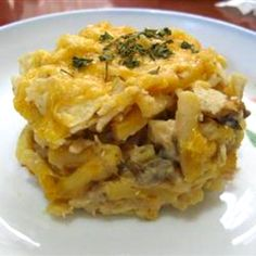 Quick Tuna Casserole - what a surprise! Quick, easy and delicious! Changed amts: 10 oz velveeta rotini and cheese, oz petite peas, kept tuna and soup the same and added french fried onions to individual servings. Best Tuna Casserole, Tuna Casserole Recipes, Noodle Casserole, Tuna Recipes, Great Recipes, Favorite Recipes, Easy Recipes, Good Food, Yummy Food