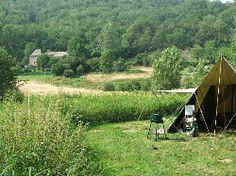 Op een heel mooi plekje in Zuid-Frankrijk aan de oevers van de rivier de Aveyron ligt camping Fans