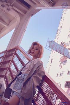"MAMAMOO drops photo concept for their upcoming album ""BLUE; Their new album will be released on November Checkout their concept photos below, Kpop Girl Groups, Korean Girl Groups, Kpop Girls, Wheein Mamamoo, Soyeon, K Idols, K Pop, South Korean Girls, Rainbow Bridge"