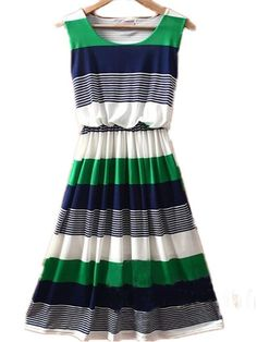 navy + kelly green + white.... Great! Since I've decided this green is my summer color!