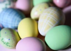 Tips on Dyeing Eggs