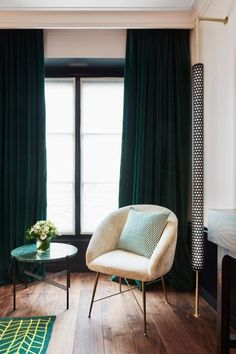 blush pink & forest green velvet curtains- timeless feminine chic [Le Roch Hotel and Spa, Paris SARAH LAVOINE] Living Room Green, Bedroom Green, Green Rooms, My Living Room, Home And Living, Master Bedroom, Emerald Green Curtains, Le Roch Hotel, Dark Curtains