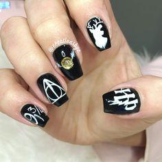 Harry Potter nails, gelnails black raindeer