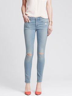 Distressed Light Wash Skinny Ankle Jean
