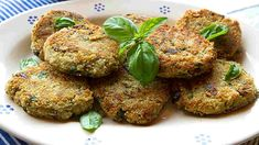 Tender eggplant is breaded and fried creating golden, crisp patties served with sweet tomato sauce. Cookery Books, Side Dish Recipes, Tomato Sauce, The Fresh, Potato Recipes, Tandoori Chicken, Salmon Burgers, Eggplant, Italian Recipes