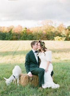 Lauren & James - New York Wedding http://caratsandcake.com/LaurenandJames