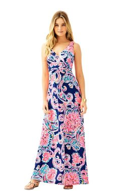 Your summer clothing isn't complete without a dress for traveling. The Sloane maxi is the perfect option. This printed jersey dress is flattering on all figures. The v-neck and jersey fabric are perfect for traveling, going out for lunch or spending the day at home.
