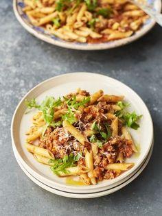 Sarah Millican's Tuscan sausage & tomato pasta - Homemade Pizza Pasta Recipes Indian, Sausage Pasta Recipes, Vegetarian Pasta Recipes, Cooking Recipes, Ethnic Recipes, Savoury Recipes, Healthy Recipes, Pork Recipes, Halloumi