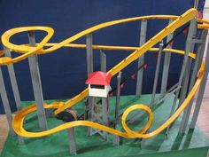 Marble roller coaster ideas this paper roller coaster for Paper roller coaster loop template
