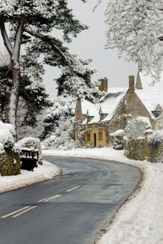 Chipping Campden in the Costwolds in the snow, England