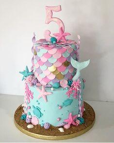 Festa Mickey e Minnie. Little Girl Birthday Cakes, 5th Birthday Cake, Mermaid Birthday Cakes, Little Girl Cakes, Barbie Birthday Cake, Barbie Cake, Mermaid Birthday Parties, Birthday Cake Girls Teenager, Birthday Ideas
