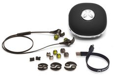 http://www.headphonesforrunning.net/best-wireless-headphones-for-running