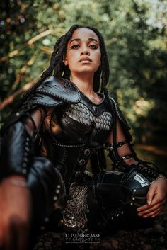 Female Armor, Female Knight, Tribal Warrior, Viking Warrior, Medieval Clothing, Fantasy Warrior, Medieval Fantasy, Character Outfits, Dark Art