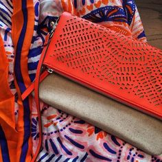 We're swooning over the Waverly Petite & the Union Square Scarf from Stella & Dot. The perfect pop of color for spring!