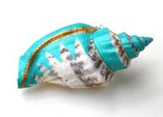 Turquoise Gold Sea Shell Vase Brooch - Shell Pin, Planter Pin, Lapel Pin, Sea Shell, Bud Vase, Wedding Boutonniere