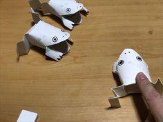 カエルのおもちゃが動くGIF Sea Crafts, Crafts To Make, Toilet Roll Craft, Paper Towel Crafts, Shadow Theatre, Japan Crafts, Animal Crafts For Kids, Origami Animals, Stem Challenges