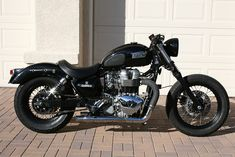 Triumph America custom old | Moto Custom Blog - Harley Davidson, Cafè Racer, Bobber, Biker, Pin Up, Tattoo