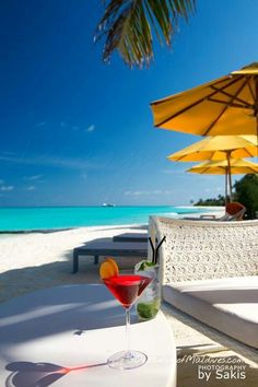 When you have a moment , make reservations for 2 Lovely ❤ Maldives