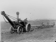 Workers operating seed drills and Fowler traction Seed Drill, Agricultural Revolution, Steam Tractor, Engineering Projects, Rolling Stock, Toyota Tundra, Steam Engine, Museum Collection, Vintage Photography